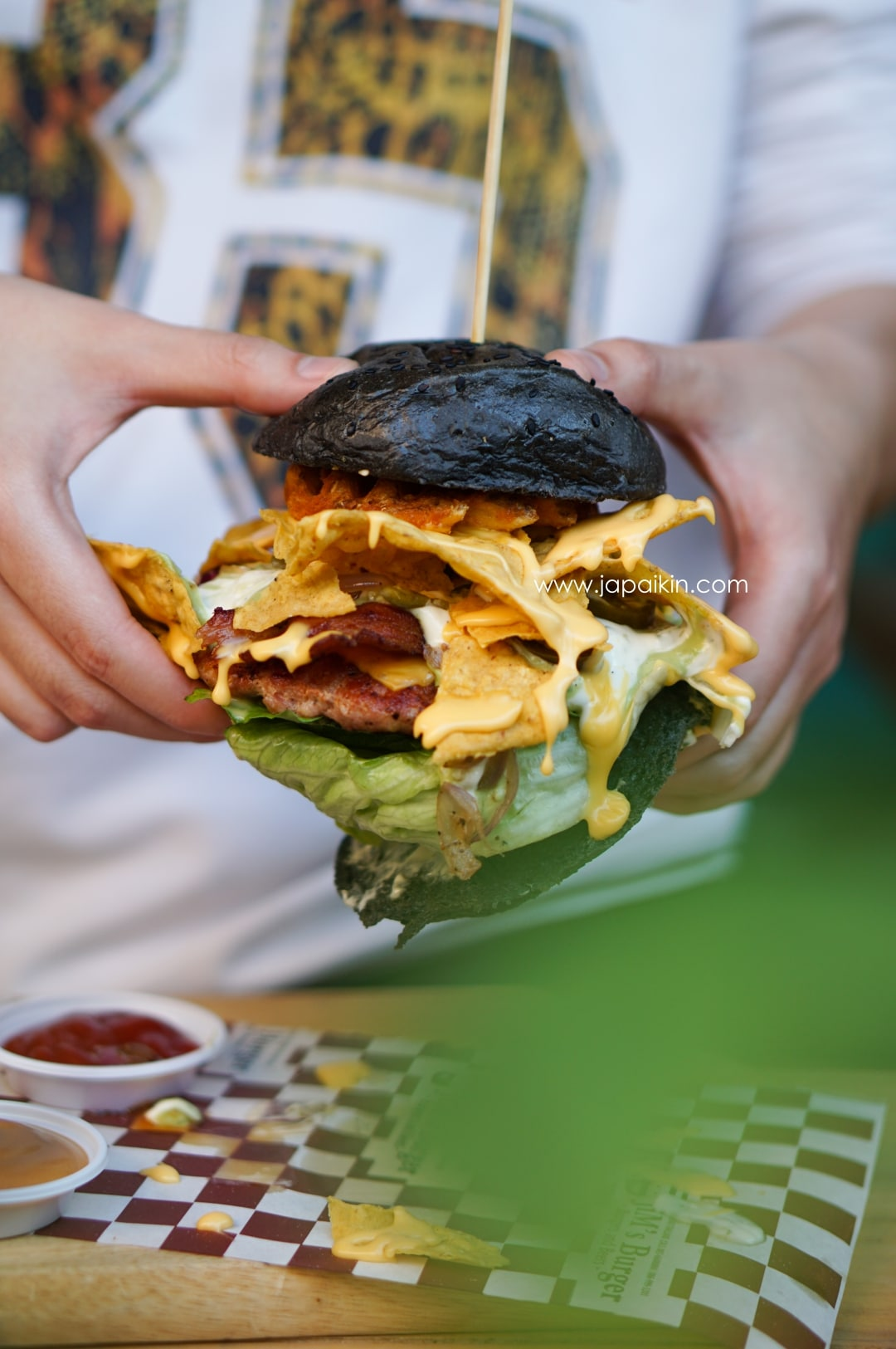 jims-burger-beer-02