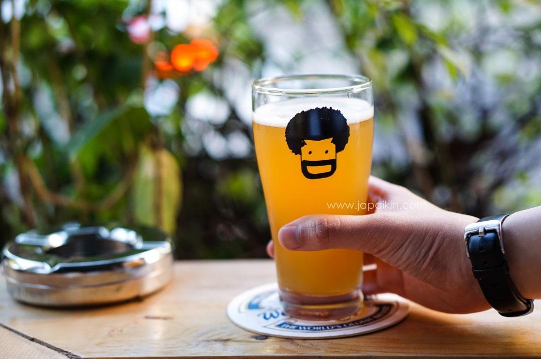 jims-burger-beer-10